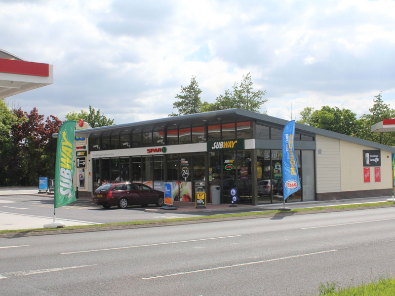 Five Barr Gate Forecourt